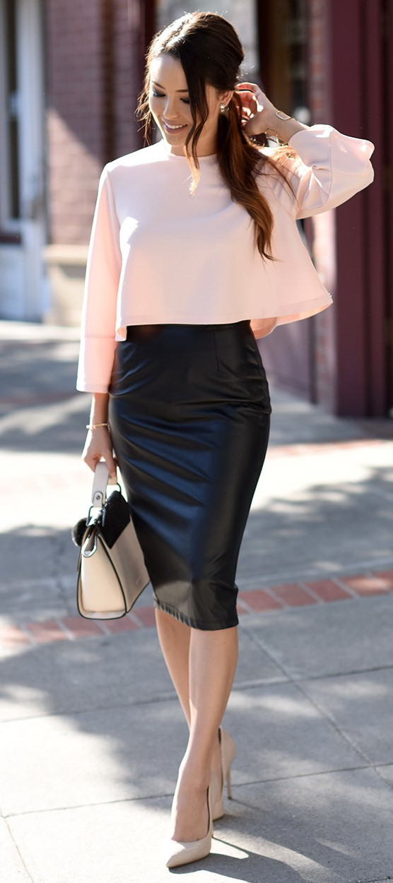 Leather Skirt-modelling agencies in mumabi