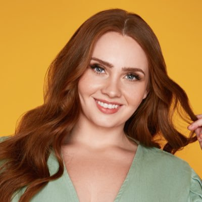 Hayley-Herms-Plus-Size-Model
